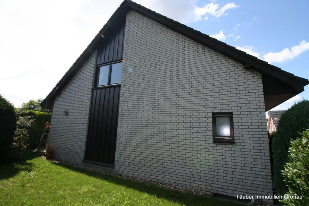 Verkauft!!! Platz für die ganze Familie! Haus mit Garten auf Eckgrundstück zu verkaufen